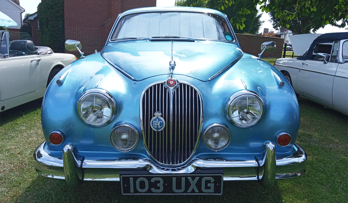 Virtual Vehicle Show Jaguar Mark 2 Picture 1